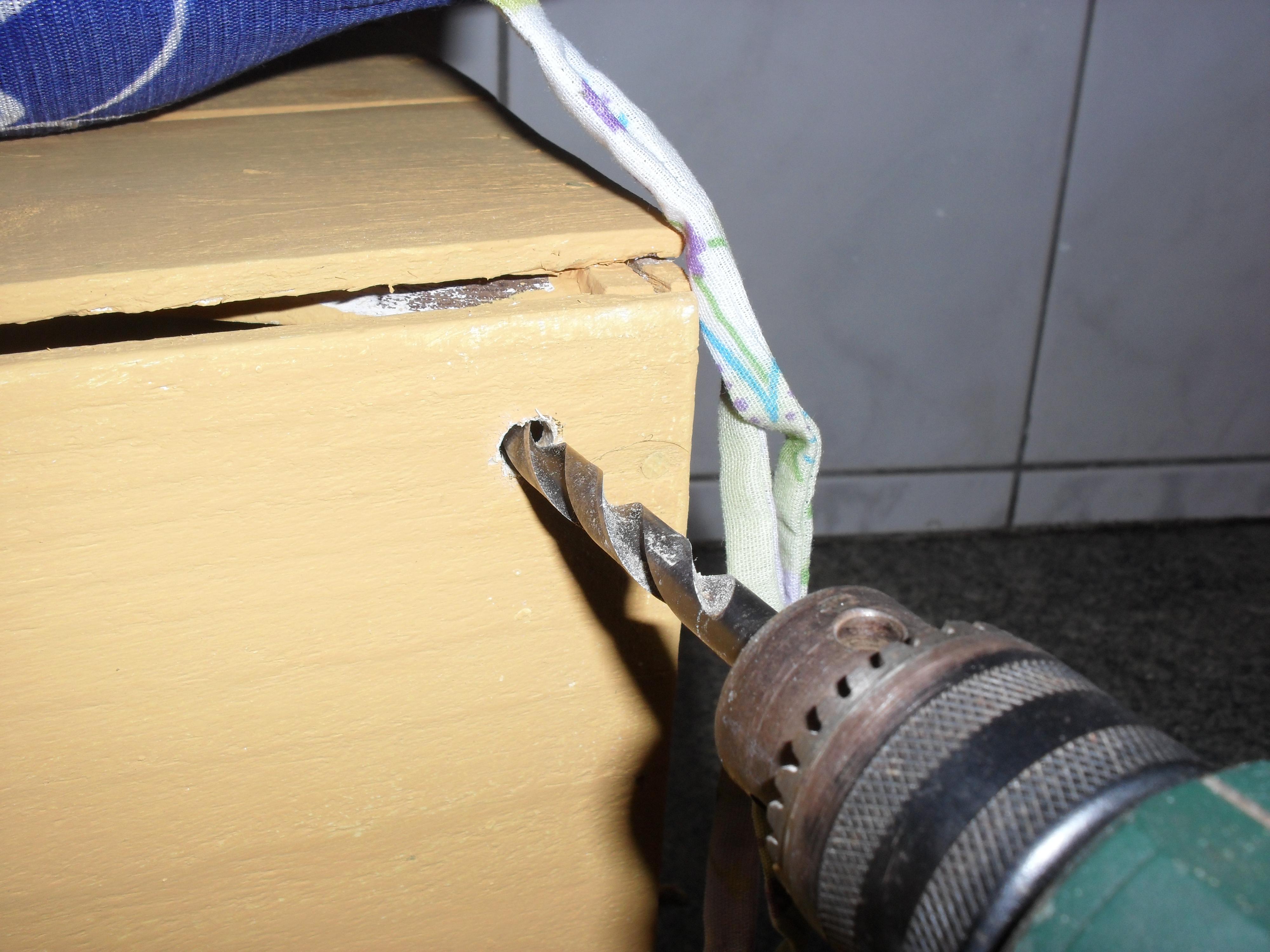 Banquinho de leitura de caixa de madeira reciclável Historiarte  #A57B26 4000x3000