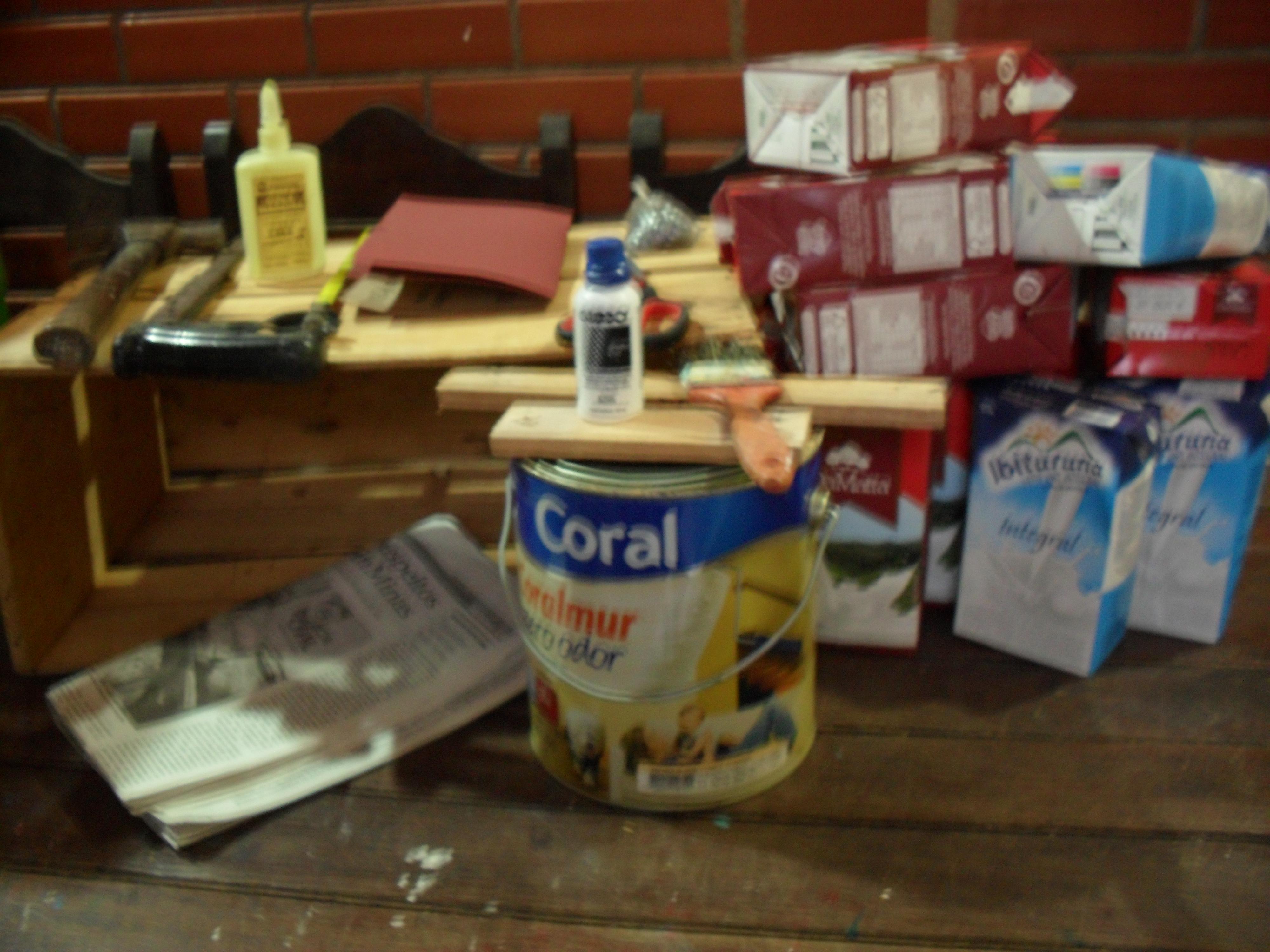 Banquinho de caixa de verduras e de leite Historiarte Blog #203C62 4000x3000